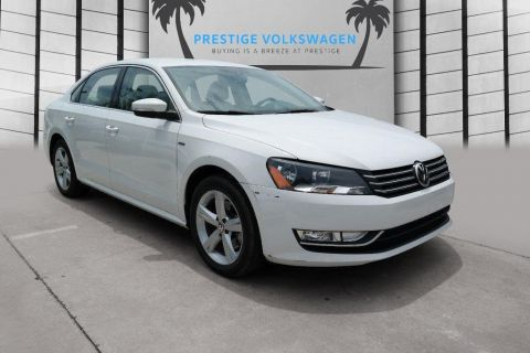 Pre-Owned 2015 Volkswagen Passat 1.8T LIMITED EDIT
