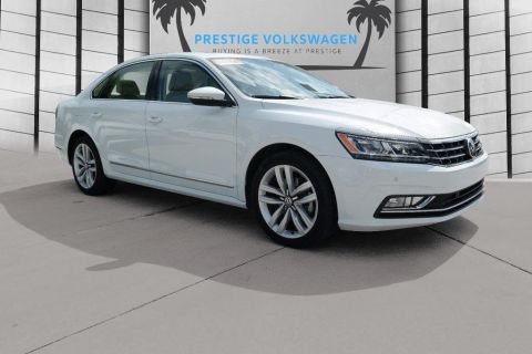 Pre-Owned 2017 Volkswagen Passat 1.8T SE w/Technology FWD 4dr Car